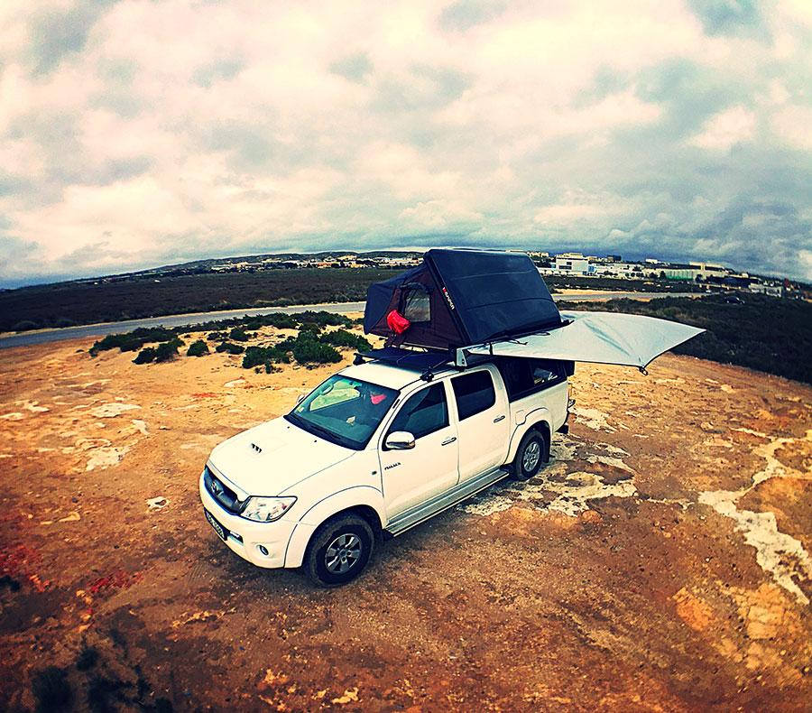 Stan na střeše pick-upu, autor: Víťa Válka